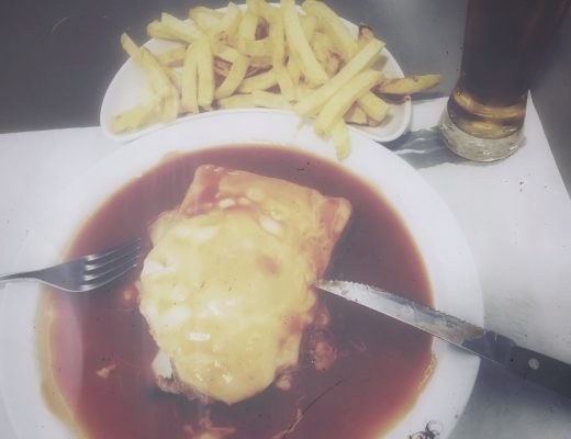 Francesinha in a plate.