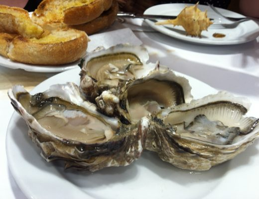"Oysters in the ""Ramiro"" restaurant."