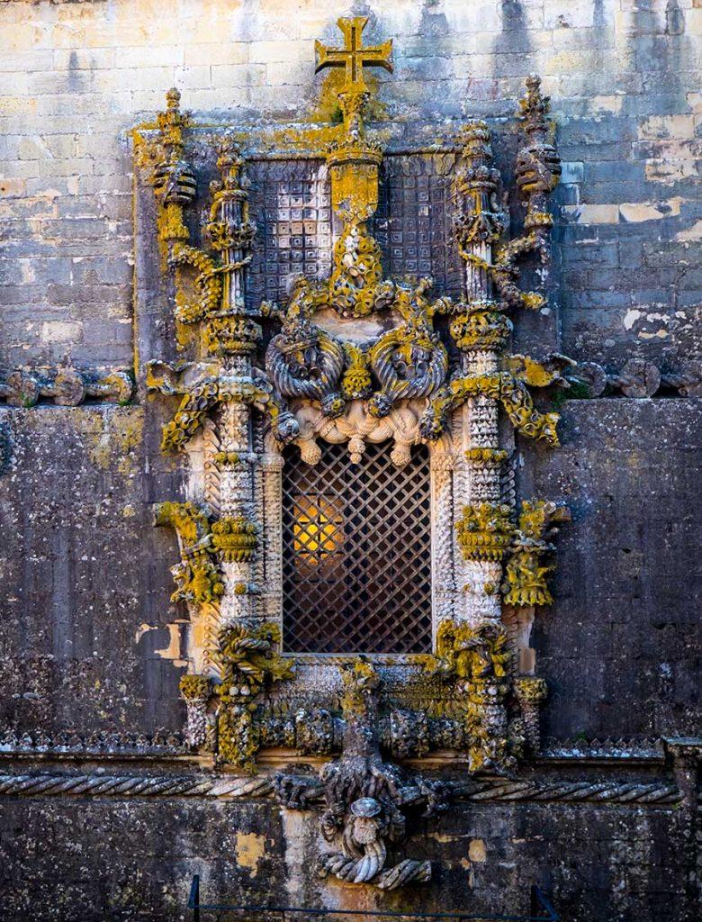 Famous-window-Tomar