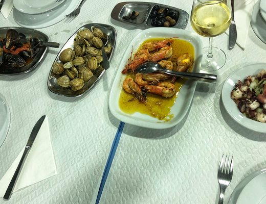 "Different seafood ""petiscos"""